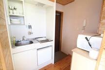 Kitchen(IH-stove,Refrigerator,Microwaveoven,Kitchen ware) & Entrance