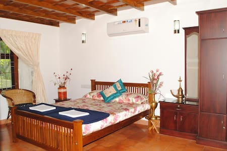 River Facing Cottage Room, Cochin - Szoba reggelivel