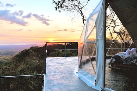 AN AWESOME GLAMPING IN THE JUNGLE