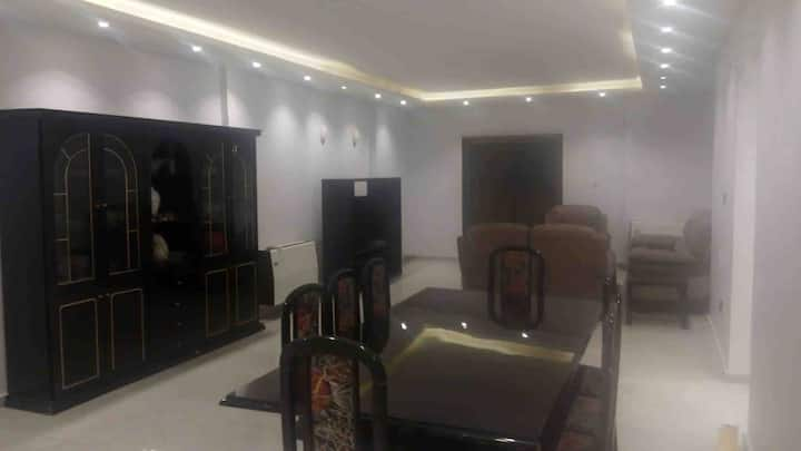 Luxurious new renovated apartment in Cairo