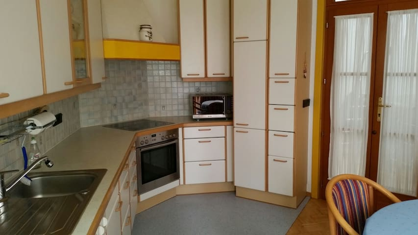 Apartment in Traun, quiet and centr - Traun - Apto. en complejo residencial