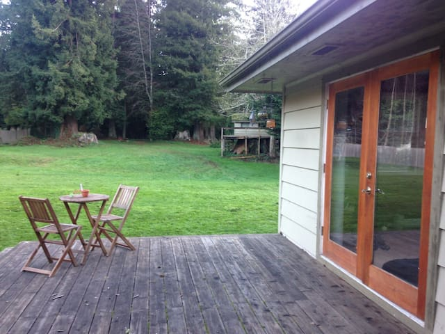 Redwood Retreat- near Arcata/Eureka - Bayside - Huoneisto