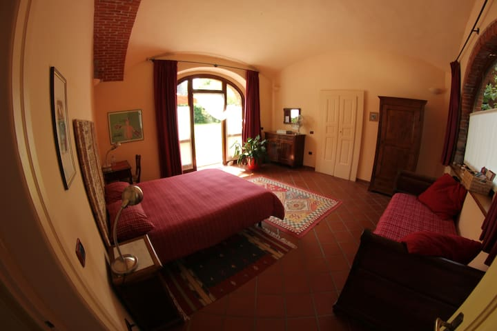 Camera degli Archi - Ivrea - Bed & Breakfast