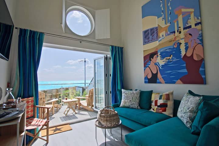 The Beachcroft Beach Hut Suites