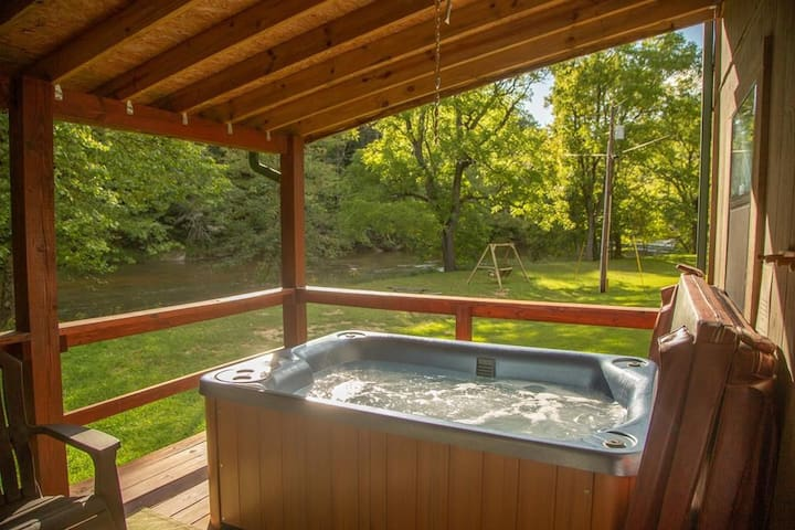 Secluded Creekside Getaway w/Hot Tub - Get Outside and Enjoy Nature!