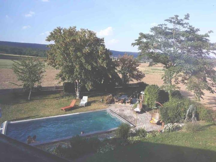 Ferienwohnung bis 5  P. mit Pool (Krems-St.Pölten)