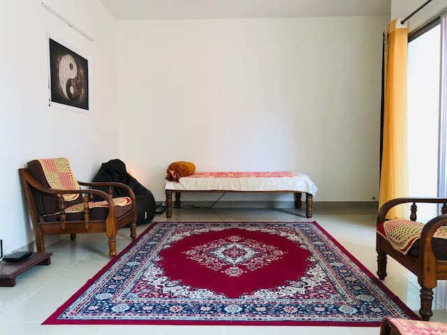 Private Room in the Footsteps of Art of Living