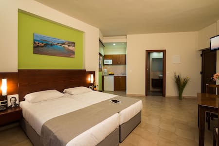 Studios for two- free wifi - Chania - Bed & Breakfast