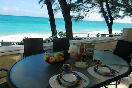 Directly on the beach - Sunrise #1 - Nassau - Wohnung