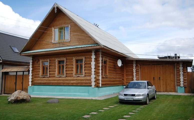 Дом на озере Селигер