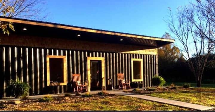 *NEW Nova Cottage Shipping Container Hocking Hills