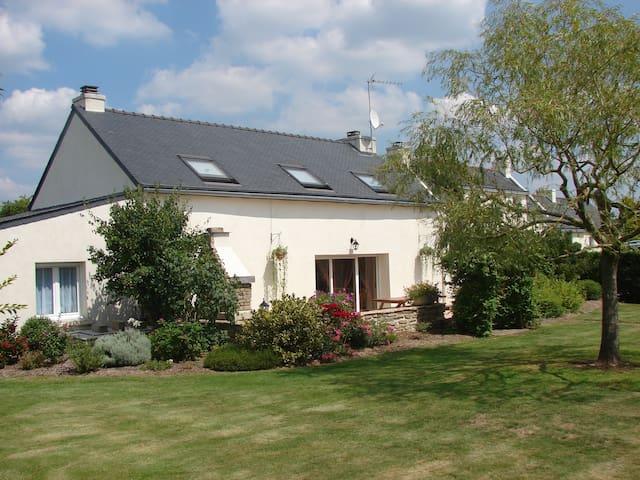 Maison de Vacances - Rédéné - Dům
