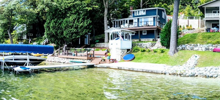 Lake home with gorgeous views, stay for RYDER CUP!