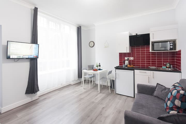 Great Room with Private Bathroom Near Kings Cross