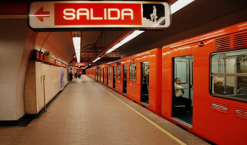 Metro Polanco 6min. walking