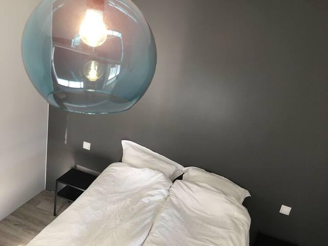Double Room w/shared bathroom #1 | Guesthouse Hóll