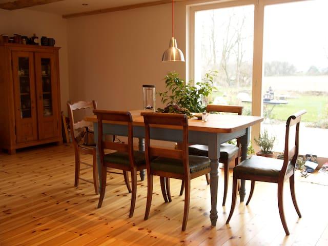 Schönes großzügiges Bauernhaus - Angermünde - Dom