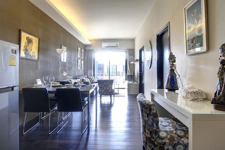 2 Bedroom Beachfront Condo - Rawai - Appartement