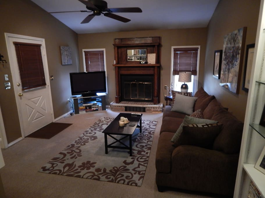 Cozy den area with 42-inch plasma and fireplace