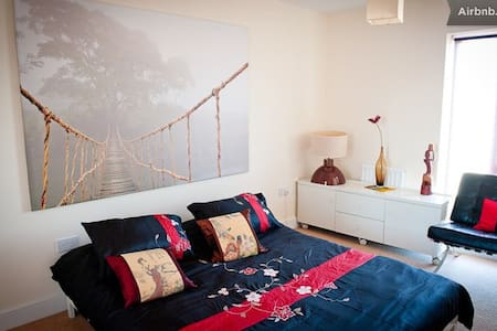Bright double rooms - Group Stay - Sherborne Saint John