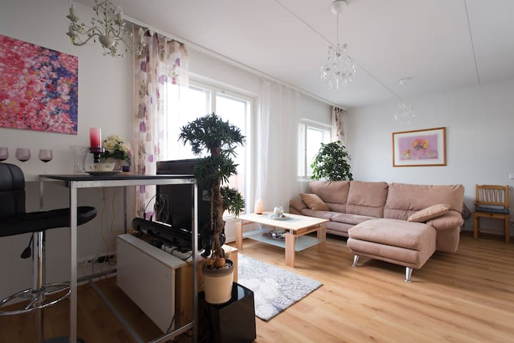 Cozy studio in the marine Aurinkolahti - Helsinki - Appartement