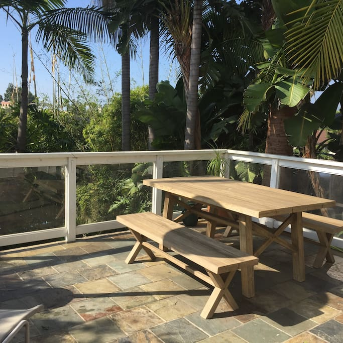 Deck for dining outside