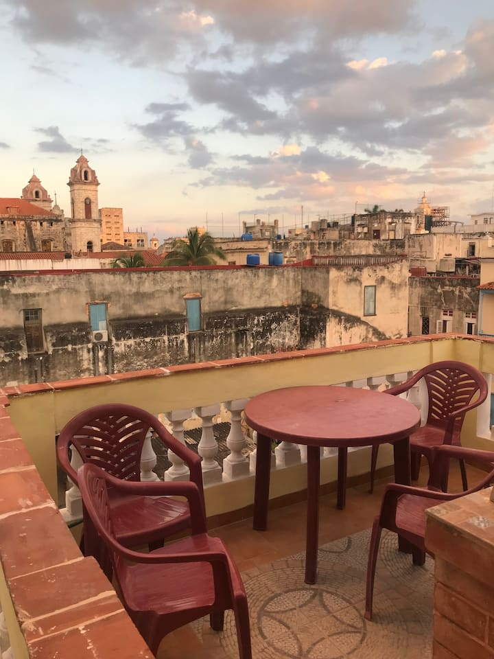 Villa Cuba B&B price is 1 room 2 person  1 night