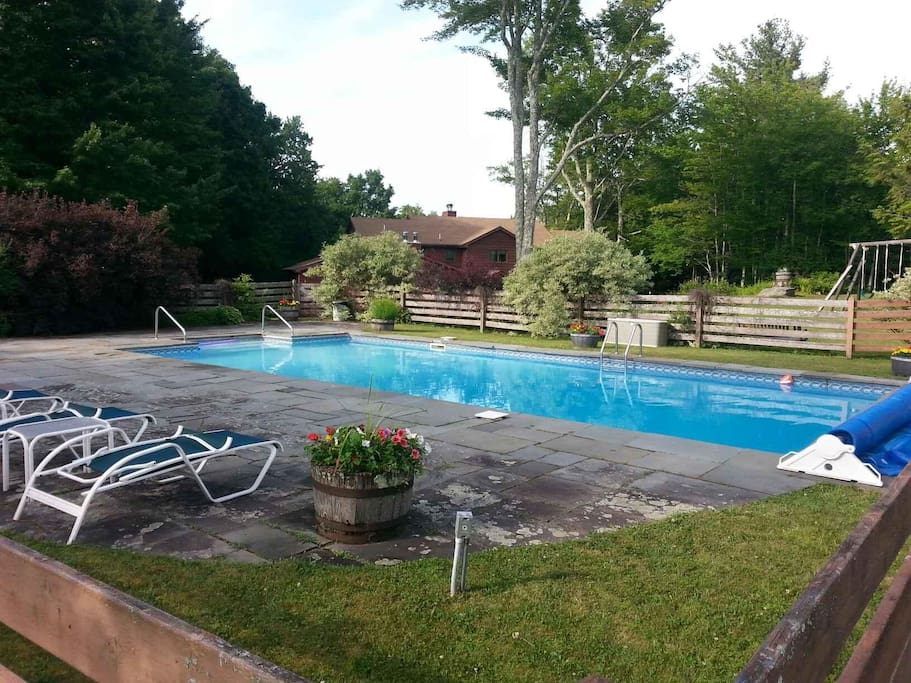 Heated pool until second weekend in September.