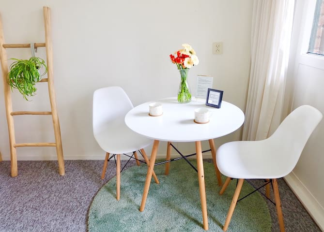 Lovely large private room in Rotterdam central