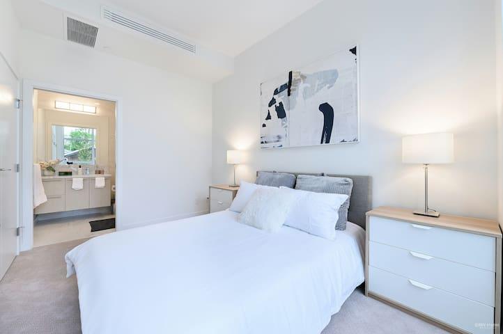 Elizabeth Park Luxury condo living