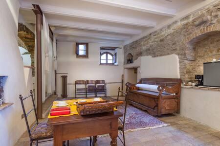 "Suite Torre del Colle - ""The Suite"" - Bevagna - Apartment"