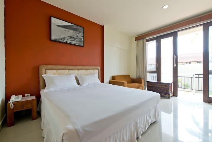 6 unit hotel Prima Inn Kuta Bali