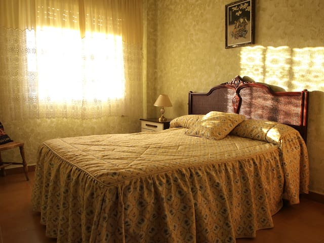 Individual room in Rural House - Camporrobles - Dom