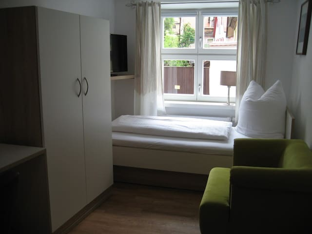 1-Zimmer Altstadt - Apartment   - Dinkelsbühl - Apartament