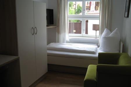 1-Zimmer Altstadt - Apartment   - Dinkelsbühl - Wohnung