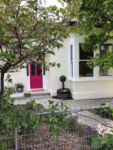 Plum Cottage - your idyllic Otago getaway