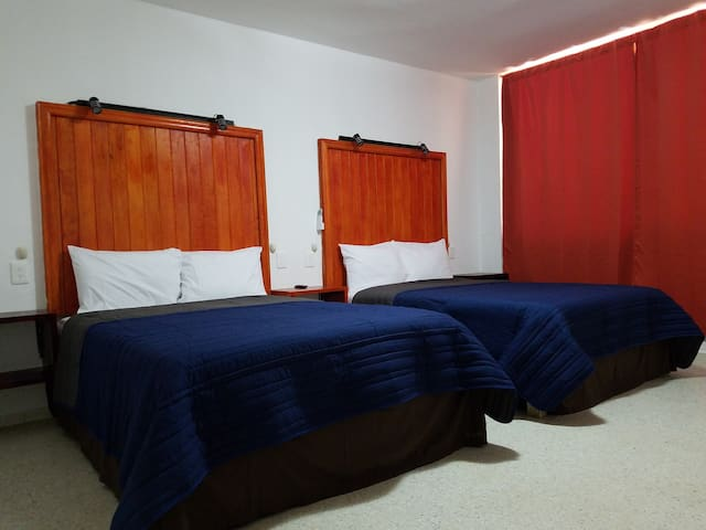 Indpdt Dbl Room @ Heart of Downtown Zocalo Malecon