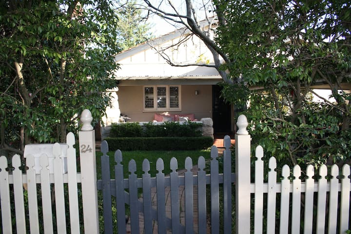 Superb Summer Family Home 10 mins from CBD