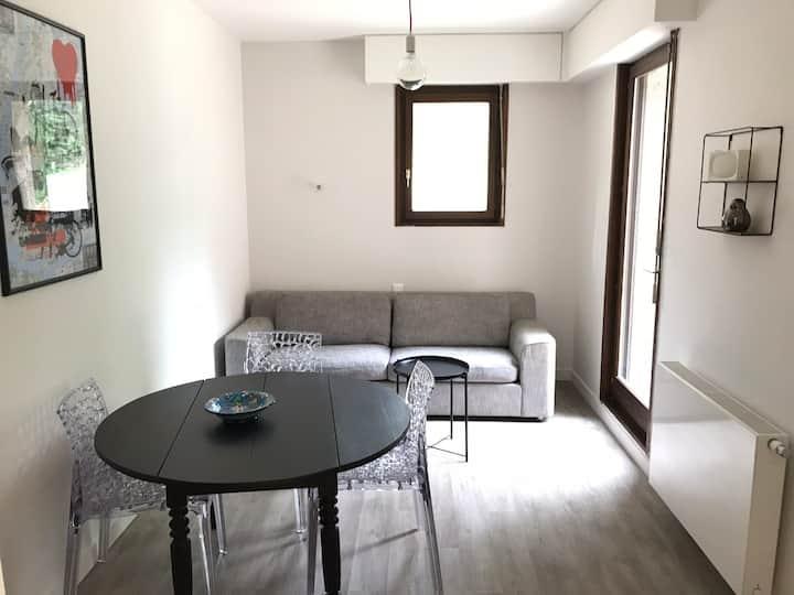Confortable appartement 2 pièces avec parking