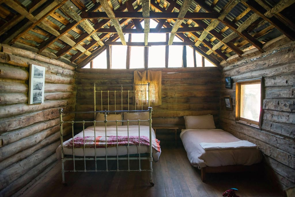 The sleeping space inside the Cattleman's Hut.