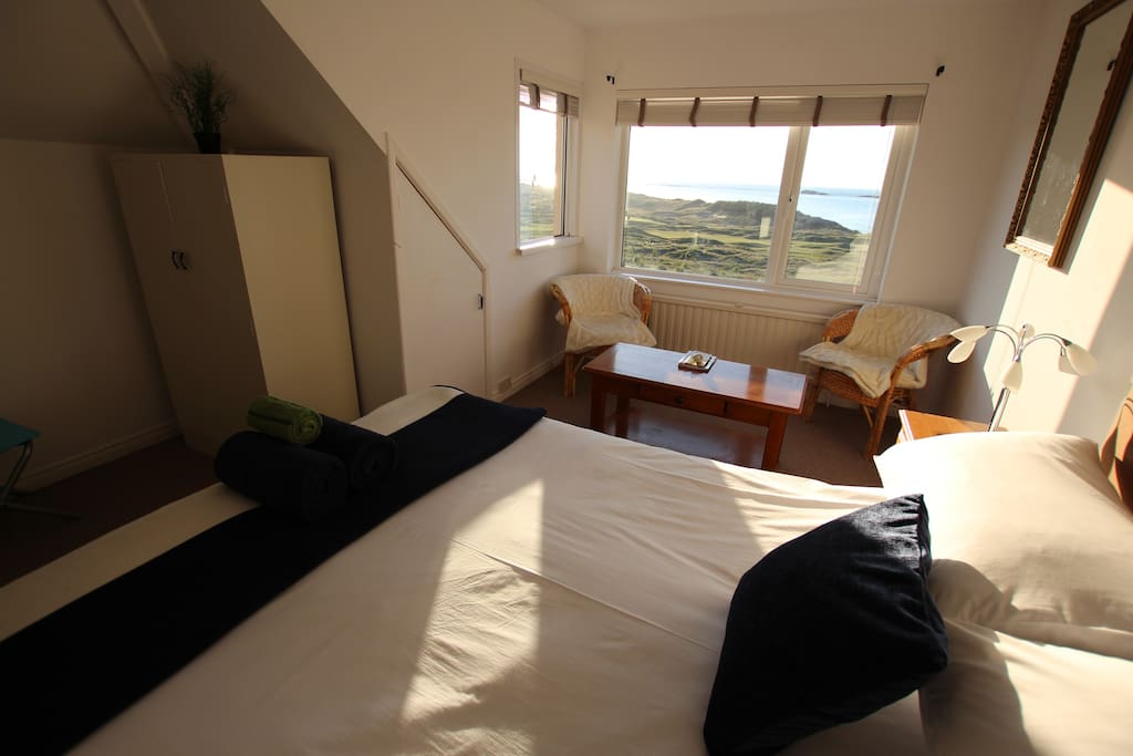 Enjoy the views from your bed!