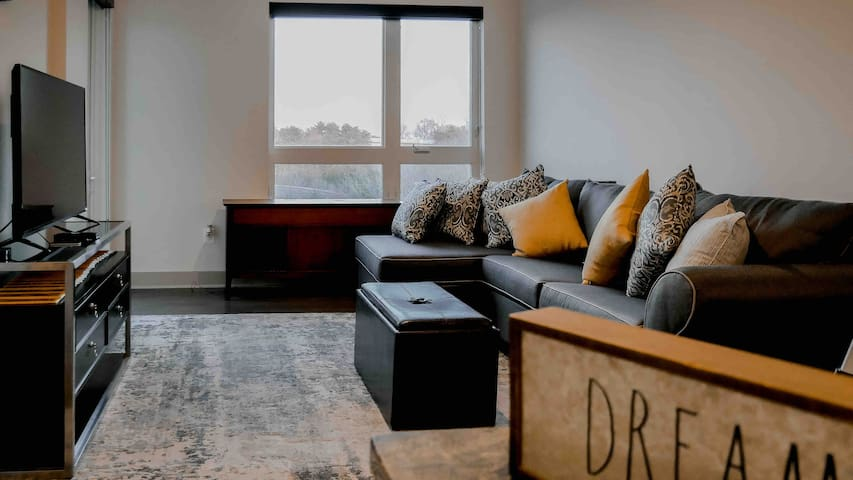 Luxury Apt in Tysons Corner - Metro Nearby