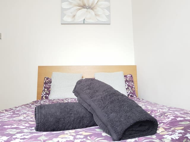 Double Room Close to Waterloo and London Eye