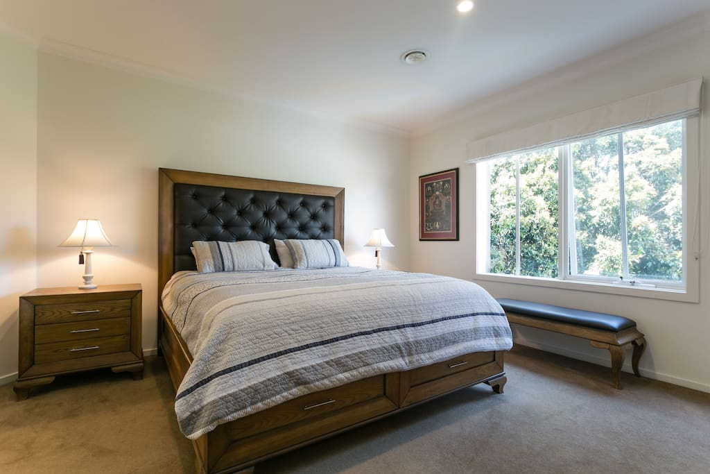Master bedroom complete with king bed, amazing view, ensuite, walk in wardrobe and plenty of drawer space.
