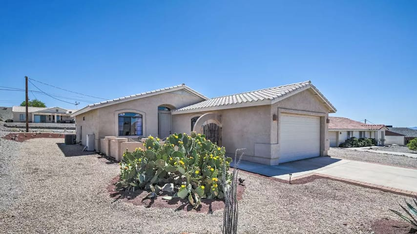 Cozy House Minutes from Lake Havasu