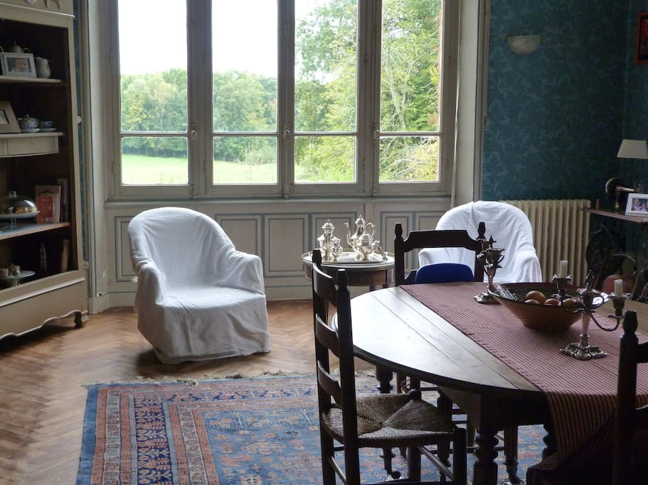 ch teau de beauch ne castles for rent in allogny centre val de loire france. Black Bedroom Furniture Sets. Home Design Ideas