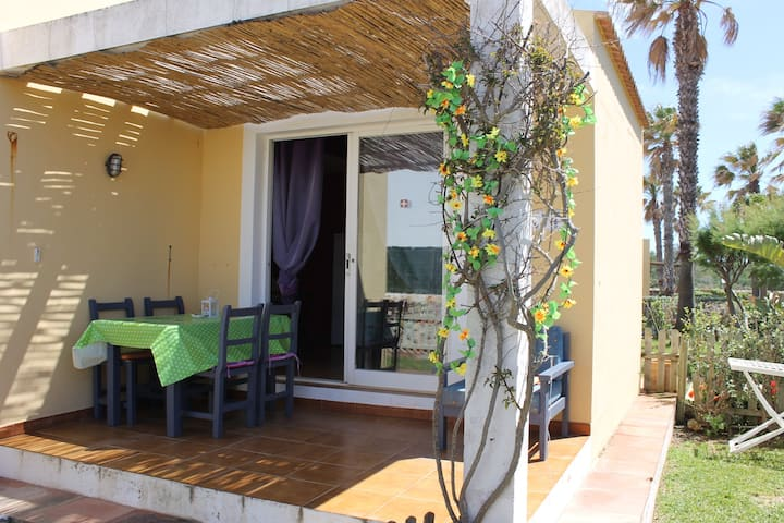 BUNGALOW IDEAL PAREJAS