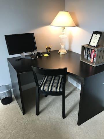 Corner Desk for Work