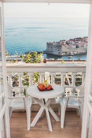 Dubrovnik Old Town & Sea View Room No.2 - Dubrovnik - Apartemen