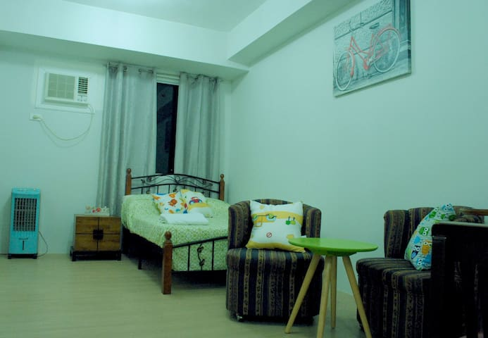 1BR Furnished in front of ABS CBN - Quezon City - Jiné
